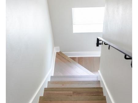 Iluminación para escaleras: Consejos y Tendencias